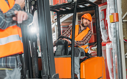 Forklift training for sit down and stand up forklift operater